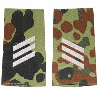 Rangschlaufen für Schulterklappen für die Deutsche Bundeswehr flecktarn mit weißem Stick